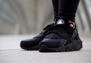 2015_nike_air_huarache_womens_running_shoes_classical_all_black_online_sneakers_7